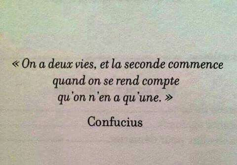 On a deux vies....
