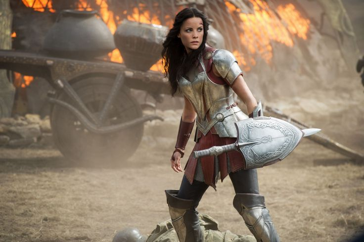 A visit with JaimieAlexander Lady Sif about Thor The Dark