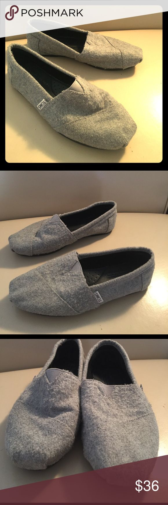 Gray TOMS Size 7.5 Gray TOMS in great condition! Minor wear shown in pictures. Comfy and cute shoes at an amazing price! TOMS Shoes Flats & Loafers