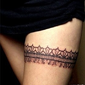 best 25 garter tattoos ideas on pinterest thigh garter tattoo lace garter tattoos and cute. Black Bedroom Furniture Sets. Home Design Ideas