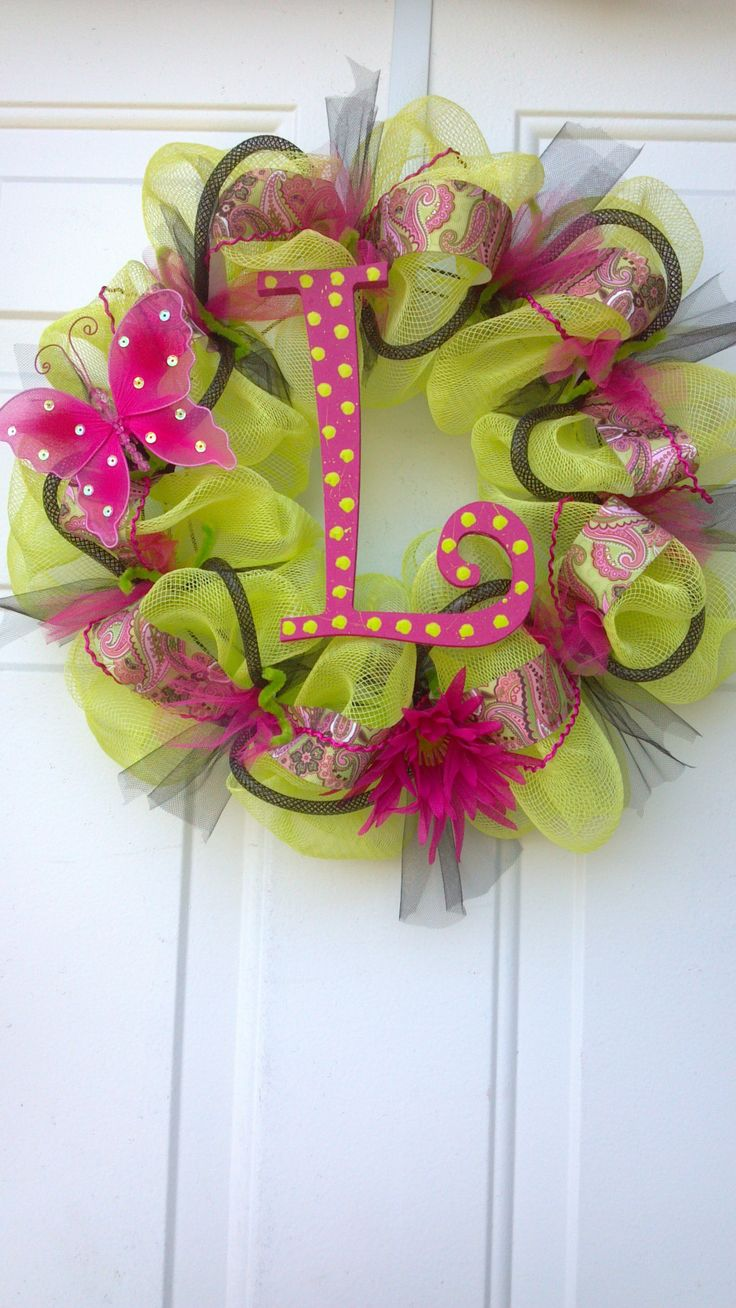 Crafts with deco mesh - Deco Mesh Wreath