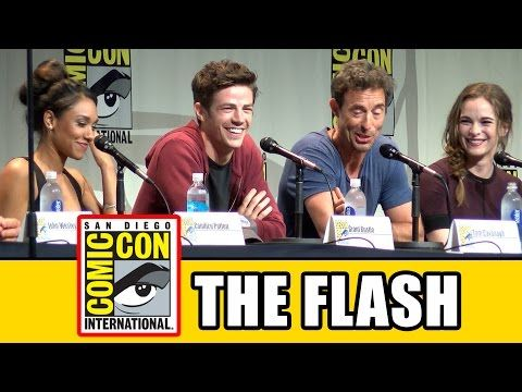 The Flash Comic Con Panel - Grant Gustin, Candice Patton, Danielle Panabaker, Carlos Valdes - YouTube