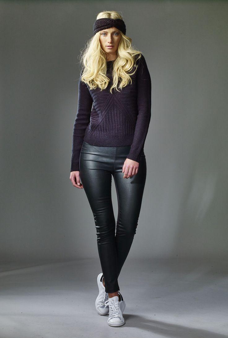 318 beste afbeeldingen van jeans leather. Black Bedroom Furniture Sets. Home Design Ideas