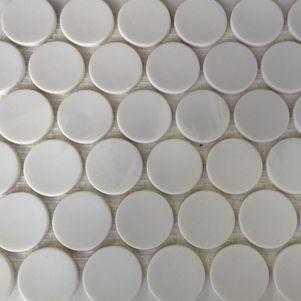 Jumbo Pennyround Mosaics http://www.surfacegallery.com.au/tiles/mosaic-tiles/jumbo-white-penny-round-mosaics #pennymosaics #whitemosaics #bathroommosaics #modernbathroom
