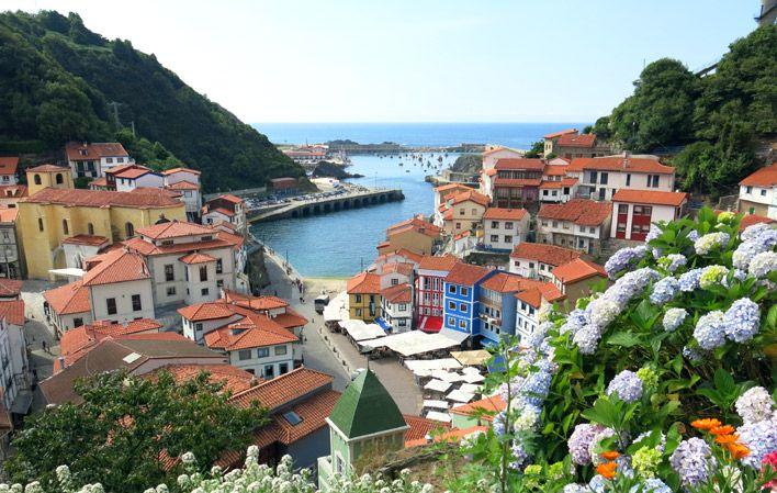 Cudillero, Asturias pueblo costero precioso idela para desayunar y dar una pequeña vuelta mientras nos dirigimos a otro lugar  TIPO DE ACTIVIDAD: excursión / cultural