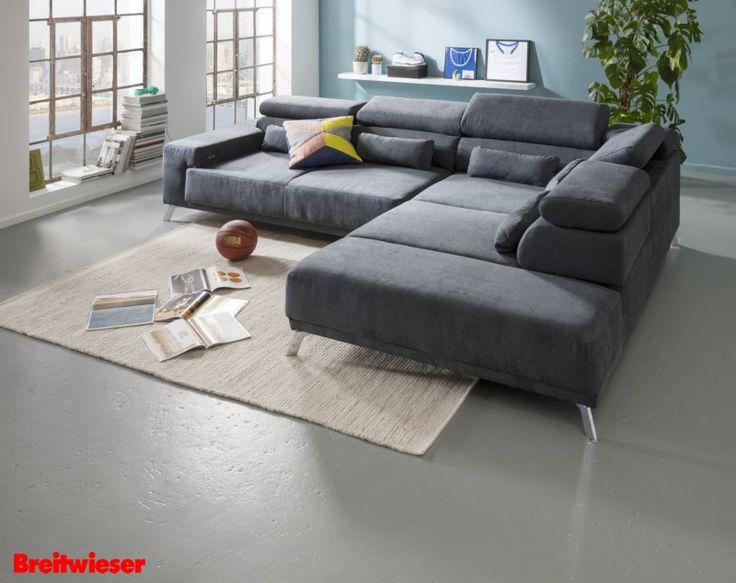 KAWOO bei Breitwieser | Eckgarnitur mit Funktionen in verschiedenen Farben erhältlich. Ein blauer Hingucker im Wohnzimmer.