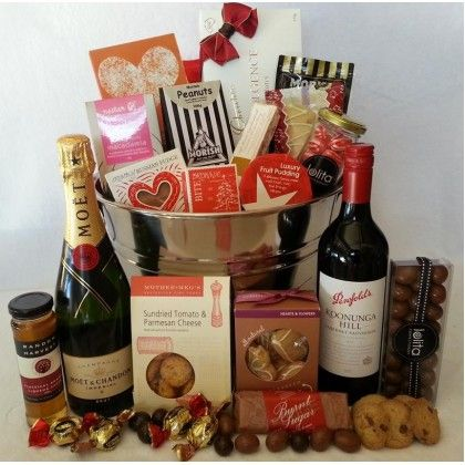 Festive-Deluxe-Thanx Hampers