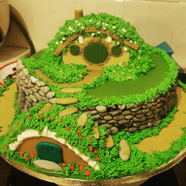 the shire lord of the rings cake