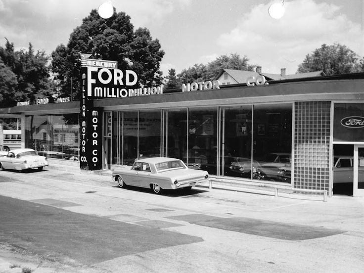 Vintage shots from days gone by! : ford car showrooms - markmcfarlin.com