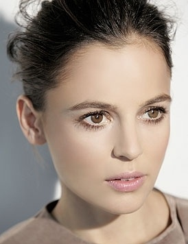 Elena Anaya. In another life I want her face
