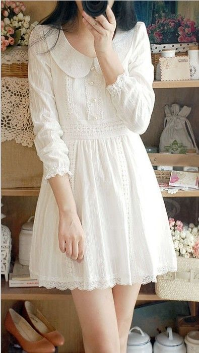 Romantic Style | Lace, Peter Pan Collar with Puff sleeves - White Dress…