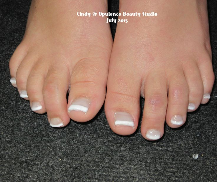 Acryic toes that I did in class on Saturday. My first set.