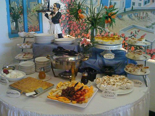 30 best images about table and buffetscapes on pinterest for Table 52 sunday brunch