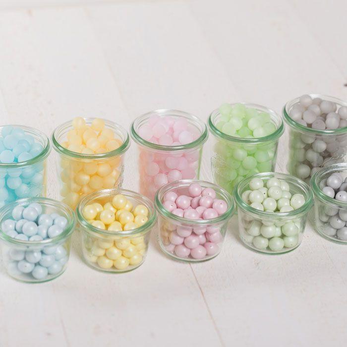 Swarovski Crystal Pearls und Polarisperlen in den neuen Pastelltrendfarben für den Sommer #swarovskiperlen #perlen #swarovskischmuck #diyschmuck #schmuckanleitung #schmuckshop #selbstgemacht #jewelrymaking #schmuckdesign #schmuckideen
