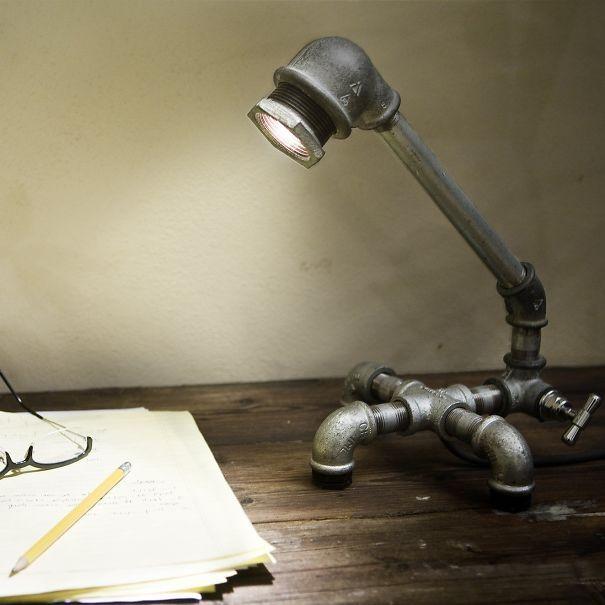 10. Iron pipe desk lamp