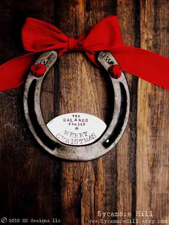 Personalized_horse_Christmas_Horseshoe_gift
