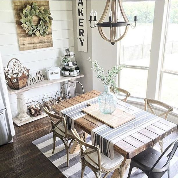 Best 25 breakfast nook decor ideas on pinterest for Small living room with dining table ideas