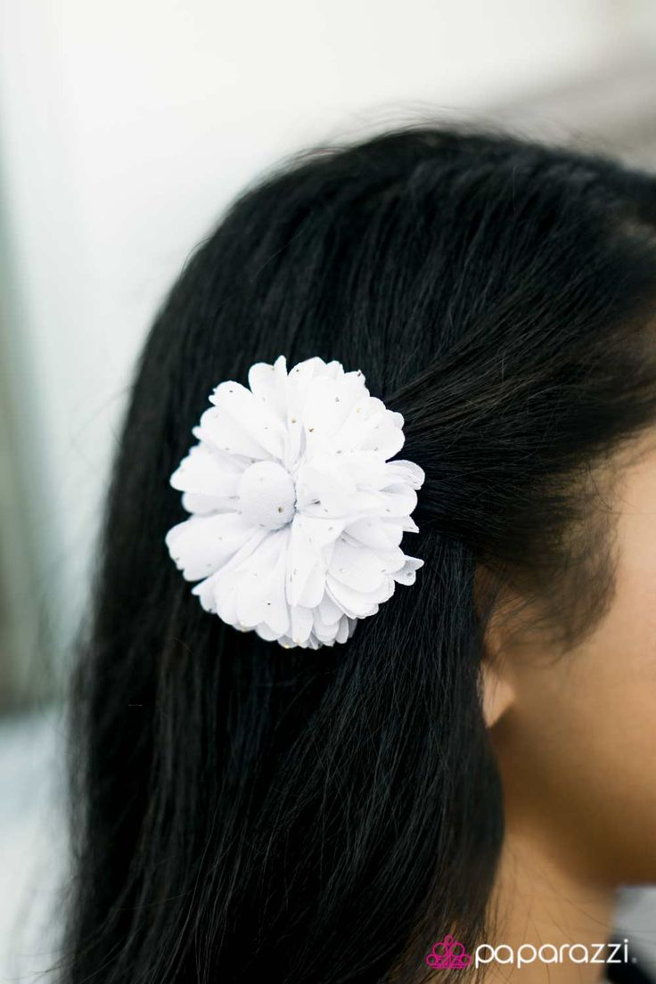 Hair bow button accessories - The Prize Shimmer 5 Hair Accessories Headbands And Jewelry White Button