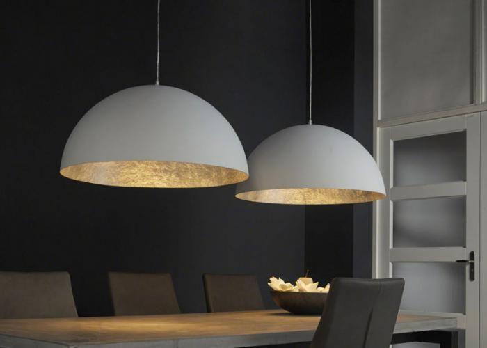 Collectie Prima-Lux en Idee+: Moderne hanglamp met twee kappen.