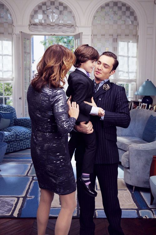Chuck & Henry Bass. omgod, who knew Chuck was going to be a father? and a really good one? brb dying..
