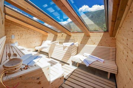 135m² Penthouse with outdoor sauna