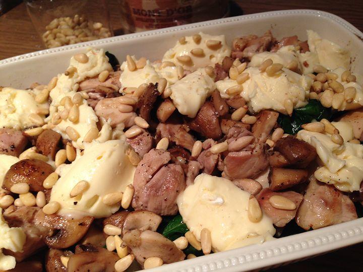 Leo goes Paleo - Romige ovenschotel met kip en champignons