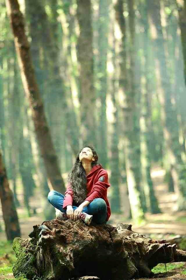 Sai Pallavi (Malar)-1822 Premam Malayalam movie stills-Nivin Pauly,Jude Antony Joseph