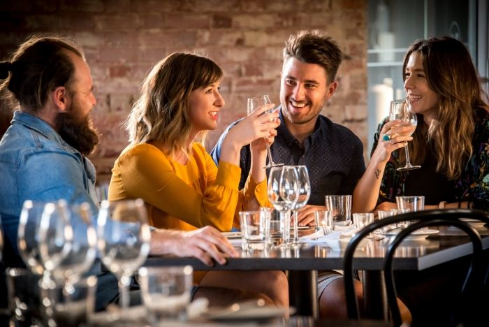 Albury Wodonga: Part of your Sydney to Melbourne Touring road trip, highlighting places to stay, maps, attractions and itineraries