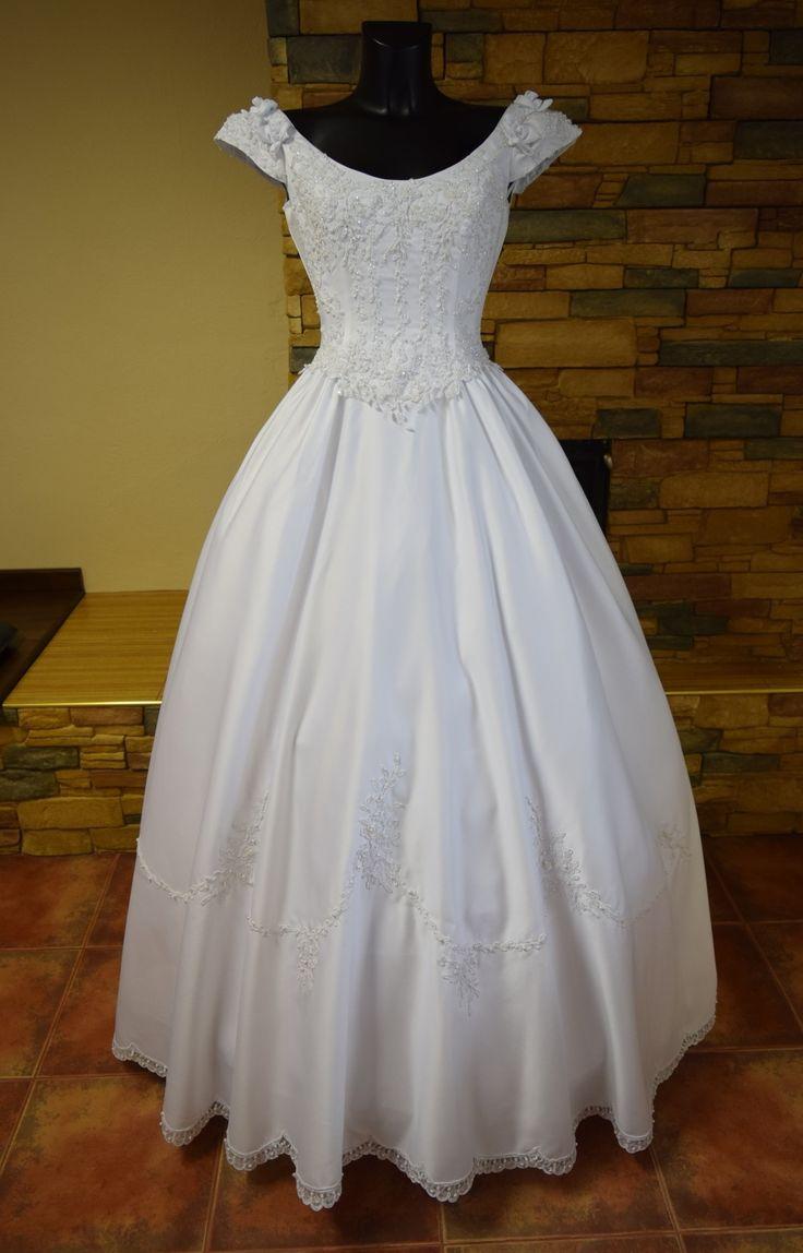 nové kvalitní svatební šaty