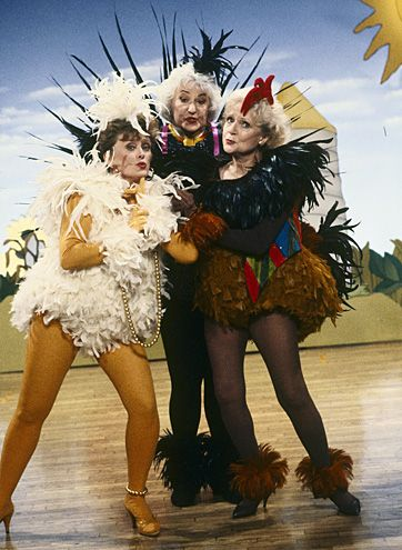 Golden Girls - Rue McClanahan, Bea Arthur, Betty White. I remember this episode.