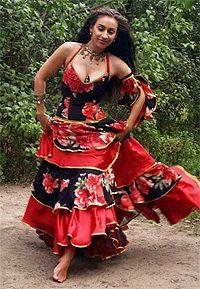 Confecção Própria de Roupas Medievais,Cigana, Época,Religiosas, Fantasias,cosplay, Esotéricas(ESTAMPAS NAS IMAGENS SÃO EXCLUSIVAS,SENDO ASSIM NA CONFECÇÃO SERÁ FEITA COM A ESTAMPA MAIS PRÓXIMO POSSÍVEL,AS CORES FICAM A GOSTO DO CLIENTE SE QUERES COM AS MESMAS CORES QUE VÊ NA IMAGEM, ASSIM SERÁ FEITO! )