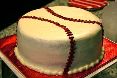 this would be a great home-made cake for ben's birthday, lol.