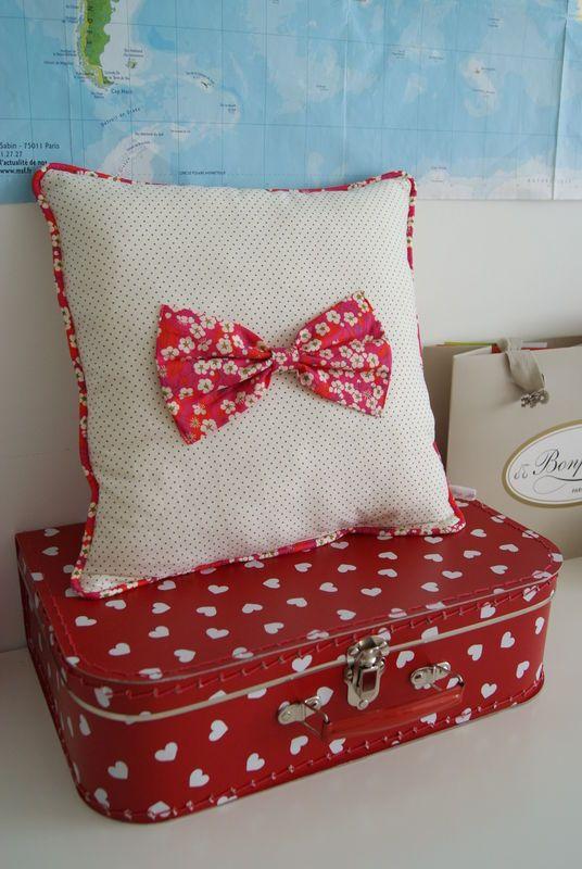 1000 id es sur le th me oreillers de voyage pour enfants sur pinterest oreillers de voyage. Black Bedroom Furniture Sets. Home Design Ideas