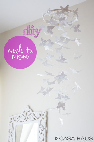móvil de mariposas DIY
