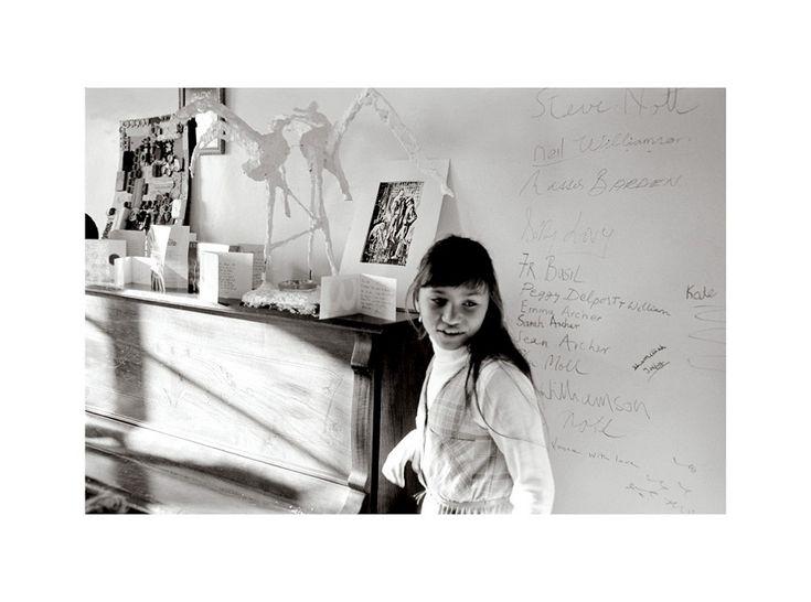 Sue Williamson THE LAST SUPPER, MANLEY VILLA (GIRL) 1981. Archival print on cotton rag 50 x 67.5 cm