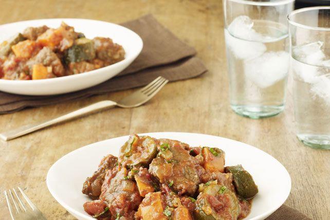 Ce ragoût met en vedette les saveurs du sud de la France. Composé de tomates, d'ail, de tomates séchées, de basilic frais et de vinaigrette à l'origan, ce plat fait partie des favoris des CUISINES KRAFT.