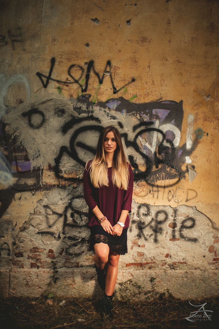 albertozorzi.com  #portrait #italy #underground #writers #girl #photo