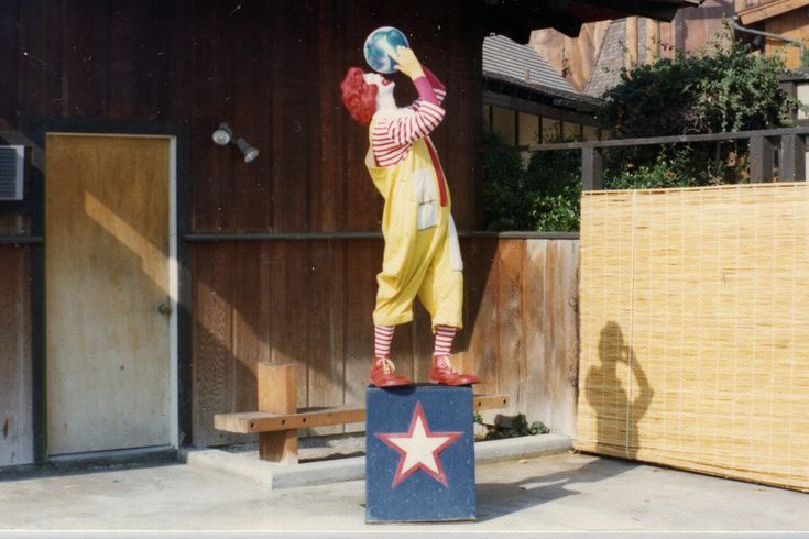 """Ronald films a scene for the 1976 commercial called """"ZOO.""""  Filmed on location at the San Diego Zoo."""