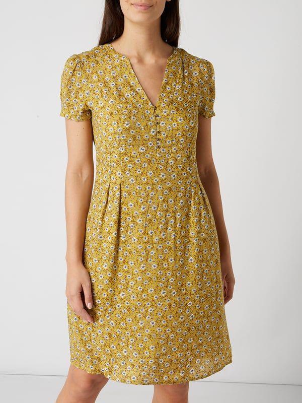Esprit Kleid Mit Floralem Muster Senfgelb 1 Kleider Floral Muster Modestil