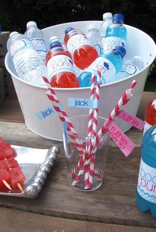 super cute...could also put bottles of bubbles...: 4Th Birthday, Pool Parties, Parties Punch, Kids Pools Parties, Birthday Parties, Parties Drinks, Parties Ideas, Party Ideas, Birthday Ideas