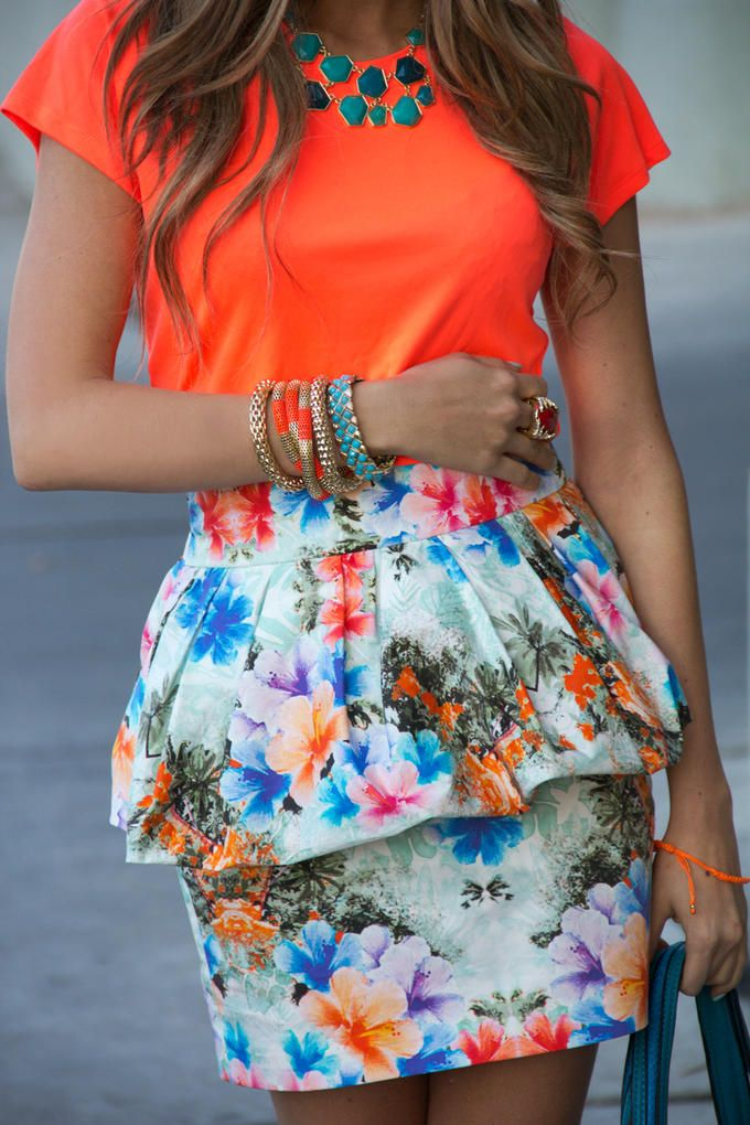 : Summeroutfit, Floral Skirts, Floral Prints, Summer Outfit, Style, Color Combos, Bright Color, Summer Color, Peplum Skirts