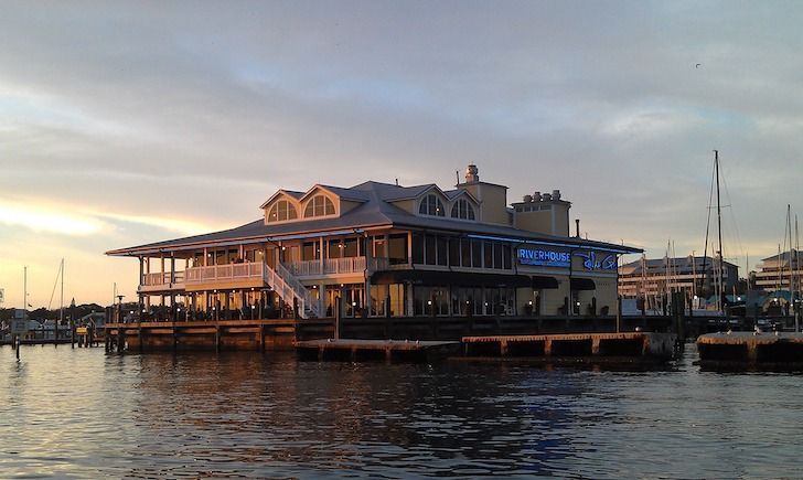 Riverhouse Waterfront Restaurant 995 Riverside Drive Palmetto Right On The Manatee River In Palmetto S Historic District Riverhouse In 2020 Waterfront Restaurant House Styles Outdoor Seating