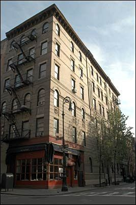 Tour Your Favorite Movie and TV Show Locations in Manhattan: The Apartment Building from Friends