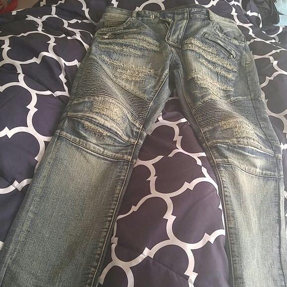Mens Balmain Jeans Great pair of balmain jeans barely worn there like new. Balmain Jeans Straight Leg