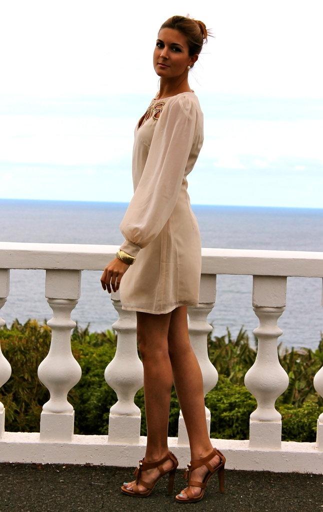 Wedding guest outfit     ❤ good color scheme / kinda understated elegant look?