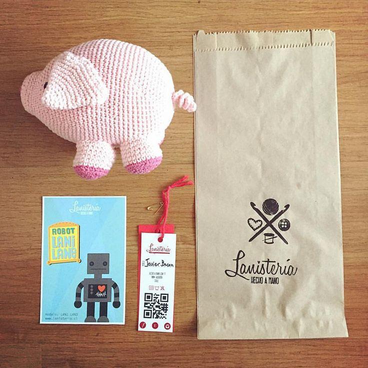 Javier Bacon listo para ir con su nueva dueña :) #cerdito #pink #crochettoy #crochet #amigurumi