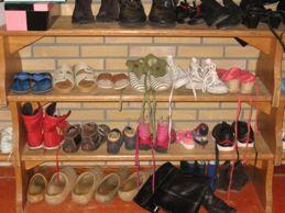 Maak een schoenenwinkel in de Sinthoek, passend bij het thema van 2012