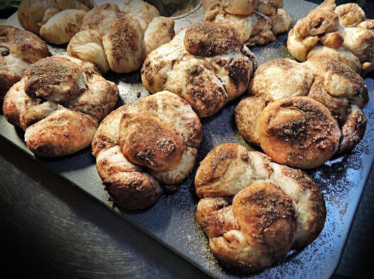 Recipe: Lucas' Monkey Bread - Pane di Scimmia #bread #monkeybread #baking #breadrecipes #cakes #breakfast #cinnamon #italianrecipes