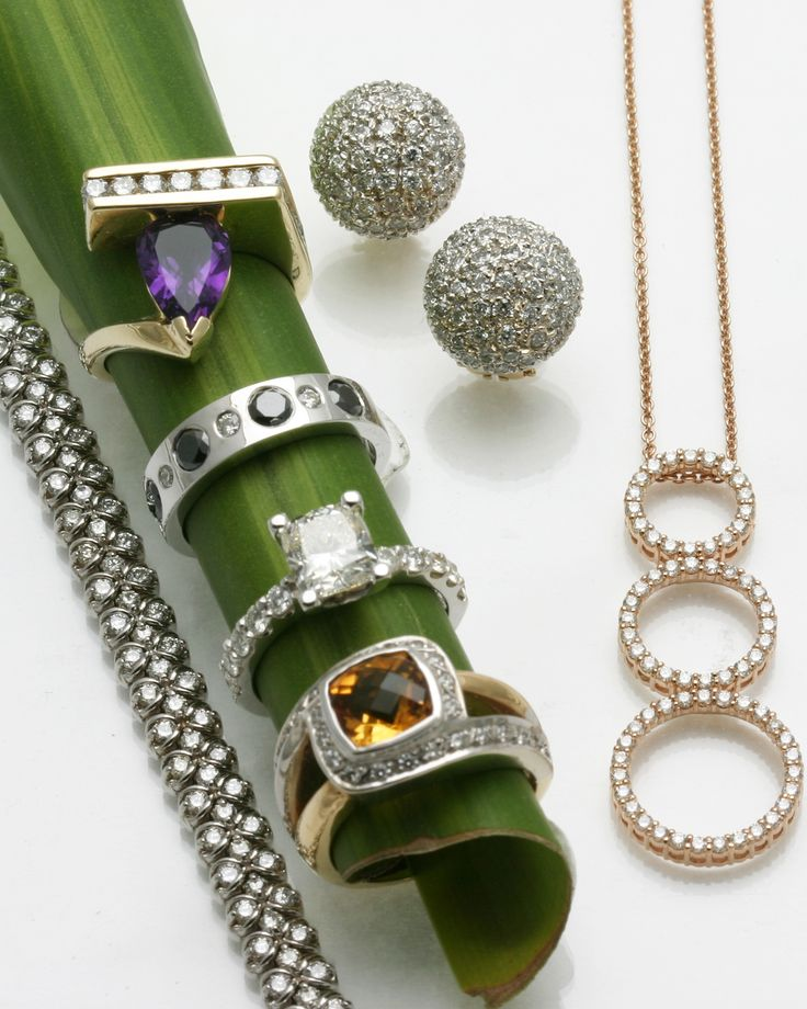 #CAGiftShow exhibitor #BareketFineJewelry specializes in providing exceptional jewelry for every occasion. From traditional to contemporary, their expert craftsmen create elegant, timeless works of beauty.