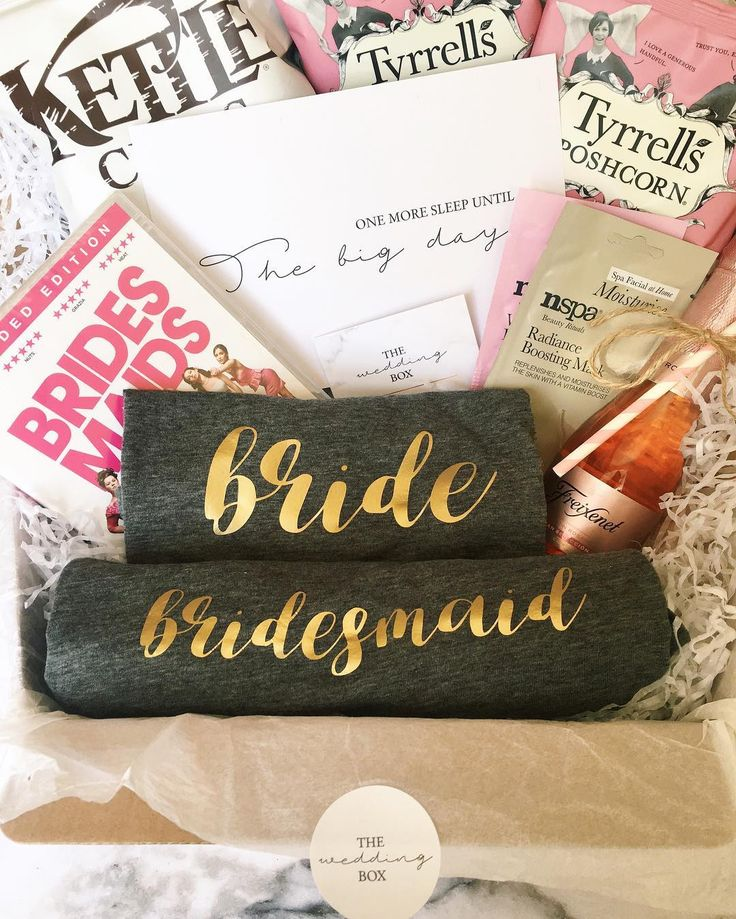 If this doesn't scream sleepover then we don't know what does! Our 'night before' box contains all the essentials for the pre-wedding sleepover �������� DM us to order this box for your bride squad or email us at thewedboxco@gmail.com ���������������� • • • #giftbox #weddinghamper #weddinggift #gift #giftideas #giftsforbrides #personalised #bride #bridesmaids #weddinggifts #weddingbox #thewedbox #bridetobe #rockmywedding #henparty #bemybridesmaid #weddingday #bridesmaidgifts…